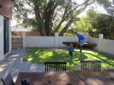 A round of golf in the garden