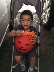 Our own pumpkin bucket with candies!