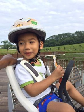 Jah in his Yepp Mini and Yepp Helmet