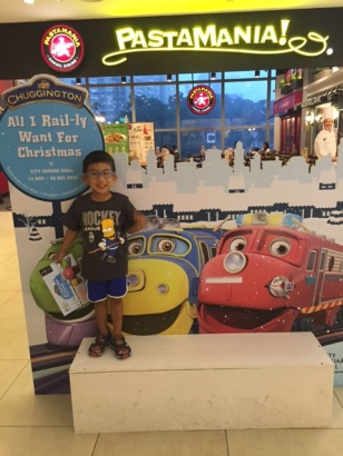 Lots of Chuggington photo ops in the mall