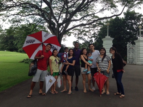 Family pic before entering the Istana