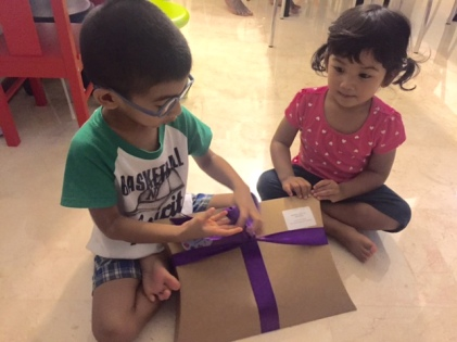 Opening their special ZooMoo Gift pack..thanks Zoomoo!