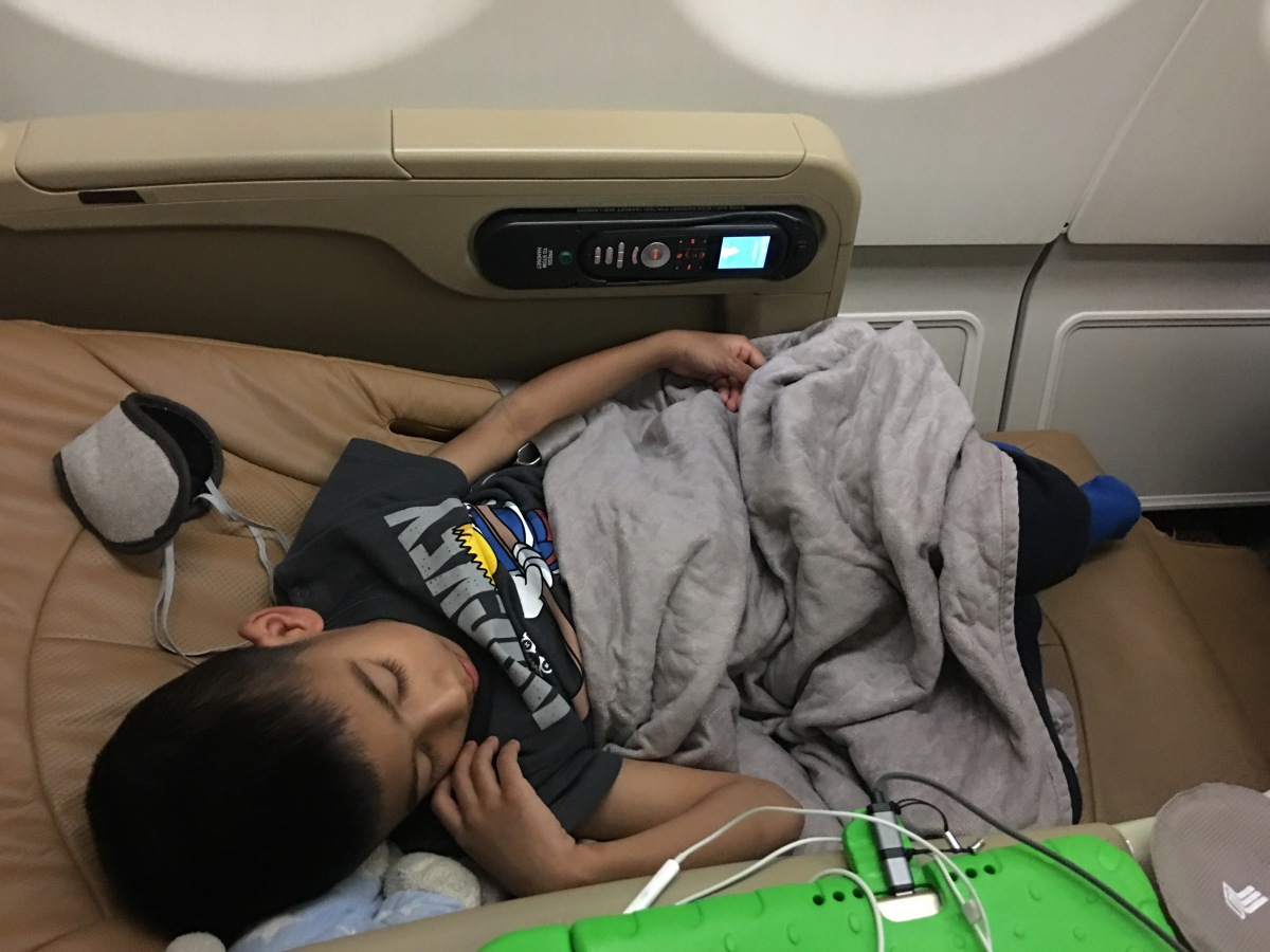 SIN - PER Business Class with kids (Red eye flight)